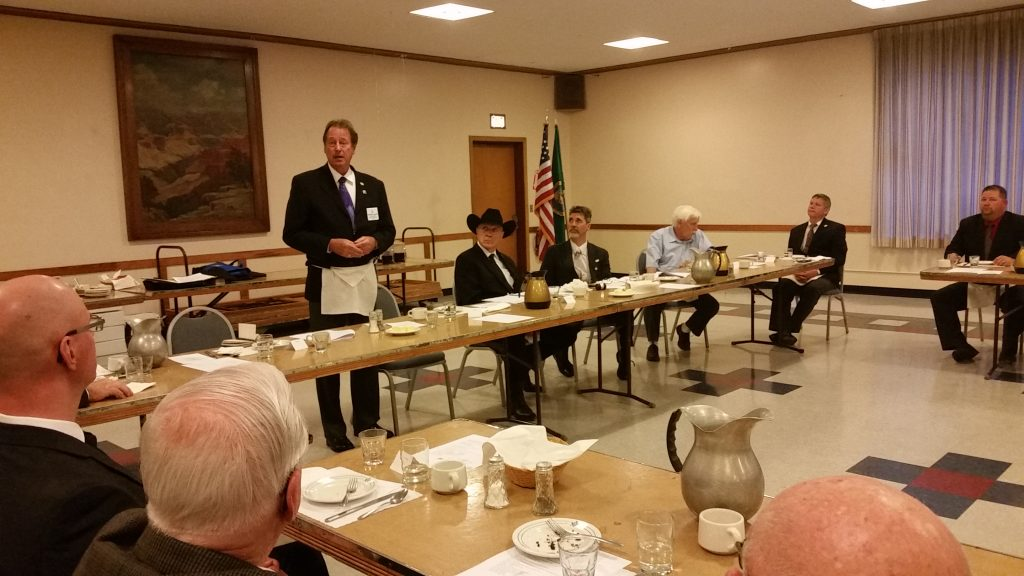 Right Worshipful Brother Warren Schoeben presenting to the annual Blue Mountain Lodge No 13 Table Lodge